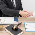 4 Reasons to Hire the Best Corporate Lawyer in Dubai